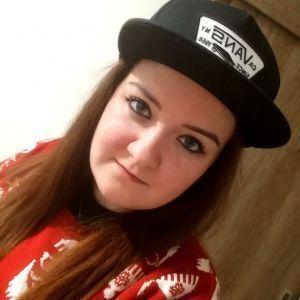 Andreea Profile Picture