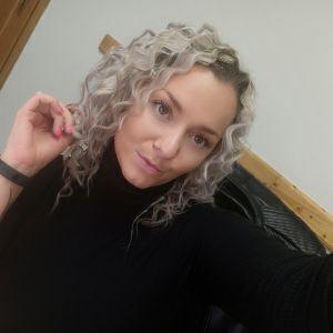 Hana_Andrea Profile Picture