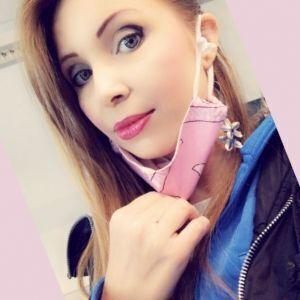 Simona Profile Picture