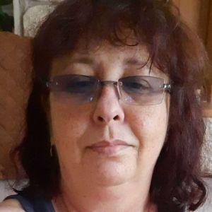 Ilona Profile Picture