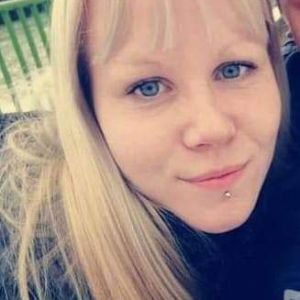 Aliz Profile Picture