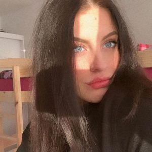 Nikol Profile Picture